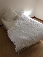 140x200 Bett mit