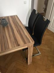 2 Design-Stühle,