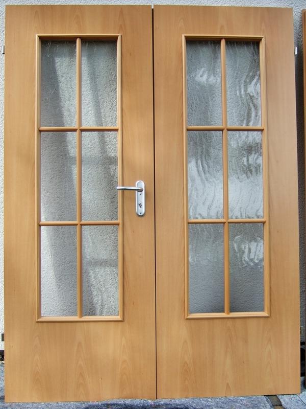 2 fl glige wohnzimmert r mit glasausschnitt und sprossen in leipzig t ren zargen tore. Black Bedroom Furniture Sets. Home Design Ideas