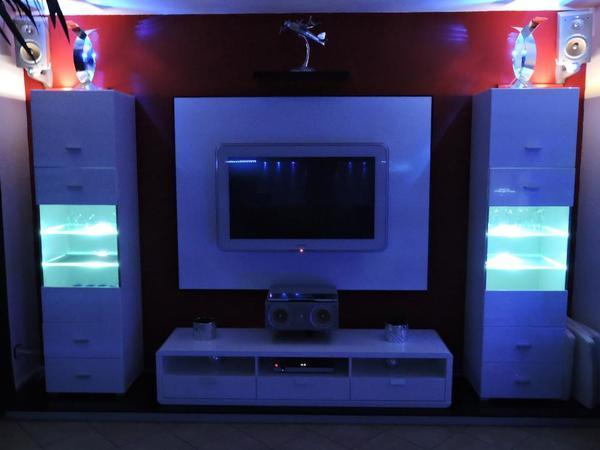 2 x Design Vitrine Hochglanz weiss mit LED Beleuchtung in ...