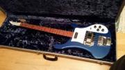 2000 Rickenbacker 4001V63 Midnight Blue 2000 Rickenbacker 4001V63 Midnight Blue Schöne Bass in einwandfreiem Zustand. Ein Instrument sehr selten in einer Farbe, die noch mehr ist. Das ... 900,- D-53111Bonn Innenstadt Heute, 14:28 Uhr, Bonn Innenstadt - 2000 Rickenbacker 4001V63 Midnight Blue 2000 Rickenbacker 4001V63 Midnight Blue Schöne Bass in einwandfreiem Zustand. Ein Instrument sehr selten in einer Farbe, die noch mehr ist. Das