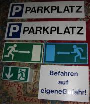 6 Schilder, Parkplatz,
