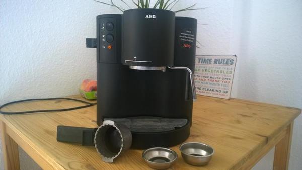aeg espressomaschine in stuttgart kaffee espressomaschinen kaufen und verkaufen ber private. Black Bedroom Furniture Sets. Home Design Ideas