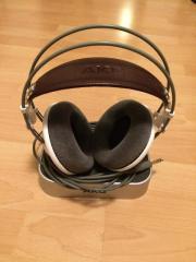 AKG K701 Stereo