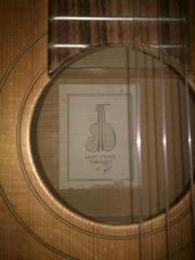 Akustik Gitarre von