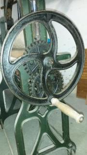 Antike Wäschemangel