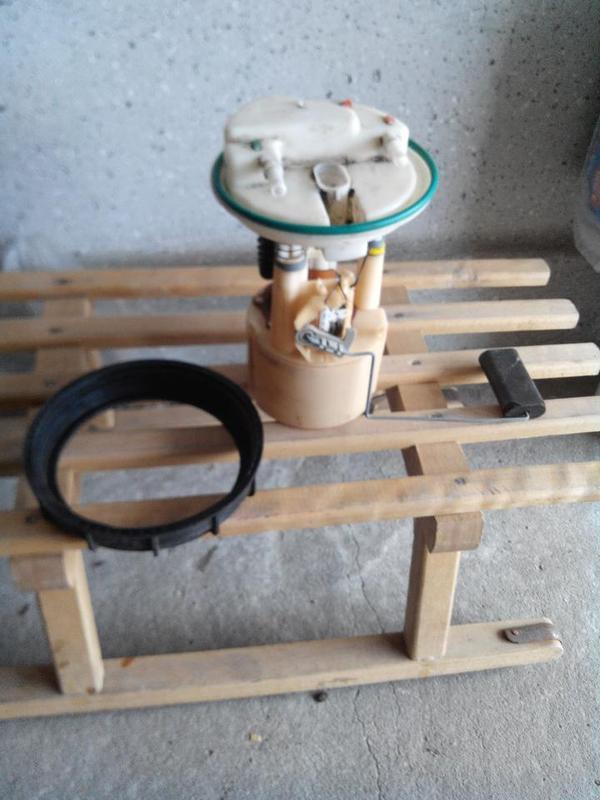 auto benzinpumpe in worms pkw zum ausschlachten verschenken kaufen und verkaufen ber private. Black Bedroom Furniture Sets. Home Design Ideas