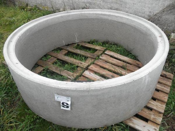 betonschachtring schachtring 150 cm x 50 cm mit steigeisen neu in kirchweiler sonstiges f r. Black Bedroom Furniture Sets. Home Design Ideas