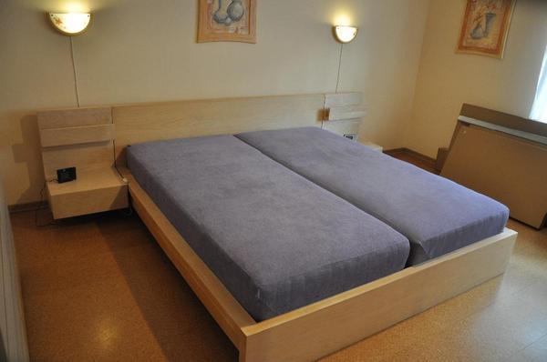 bett nachtschr nke neu und gebraucht kaufen bei. Black Bedroom Furniture Sets. Home Design Ideas