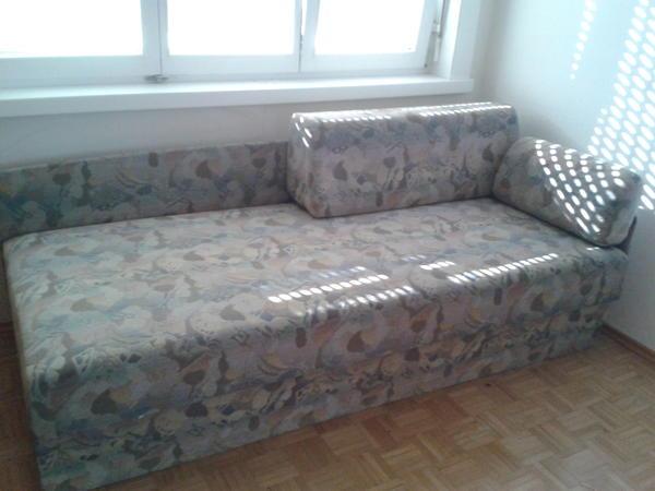 bettsofa zu verschenken in dornbirn polster sessel. Black Bedroom Furniture Sets. Home Design Ideas