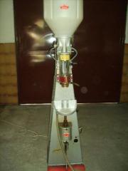 Blöcher Verkorker, Flaschenkorkmaschine