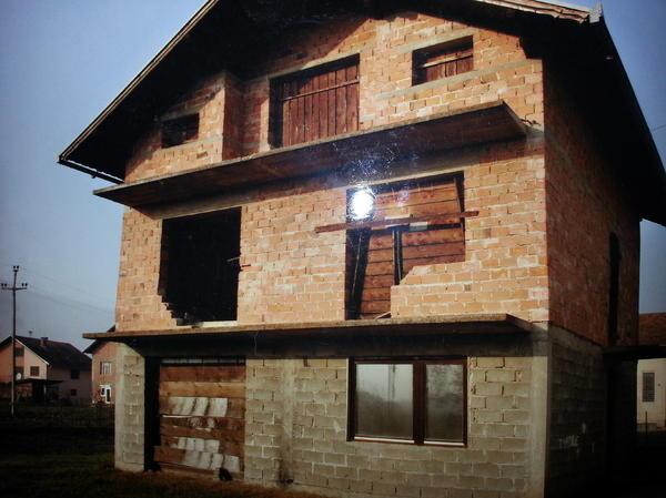 bosnien haus rohbau in m nchen 1 familien h user kaufen. Black Bedroom Furniture Sets. Home Design Ideas