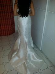 Brautkleid im Mehrjungfrau-