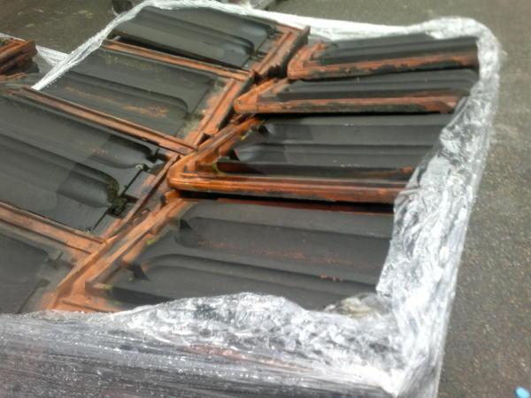 dachziegel tonn ca 300 gebraucht in mannheim fliesen. Black Bedroom Furniture Sets. Home Design Ideas