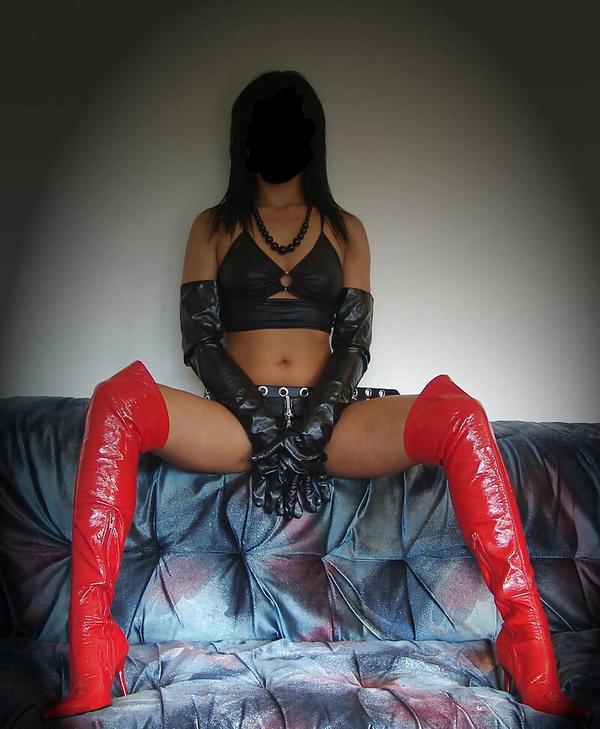 Domina erzieht dich! » Sie sucht Ihn (Erotik) aus Wien