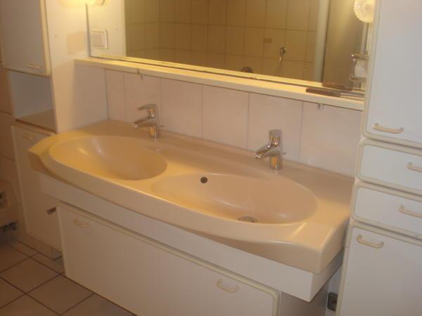 H?ppe Dusche Handtuchhalter : komplettes Bad der achtziger Jahre mit Zubeh?r!!! in Vorderweidenthal