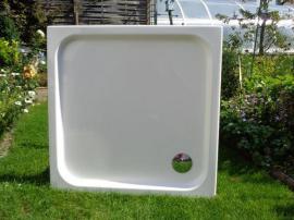 duschwanne 1x1 meter aus acryl. Black Bedroom Furniture Sets. Home Design Ideas