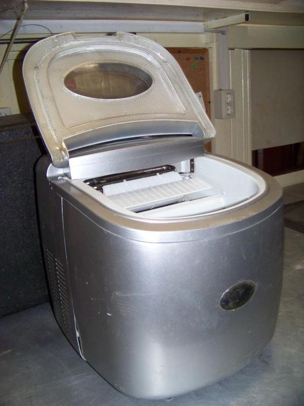 haushaltsgeräte (familie, haus & garten) görlitz, neiße  ~ Geschirrspülmaschine Exquisit