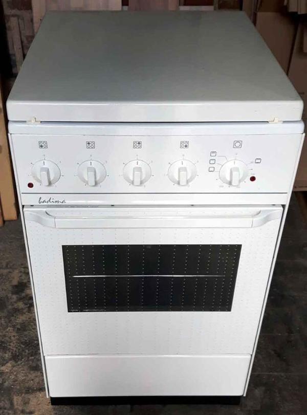 Elektro Standherd Elektroherd In L Bbenau K Chenherde Grill Mikrowelle Kaufen Und Verkaufen