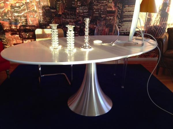 esstisch kare grande possibilita 180x100 wei silber oval in m nchen speisezimmer essecken. Black Bedroom Furniture Sets. Home Design Ideas