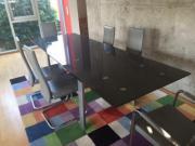 Esszimmerglastisch mit 6