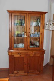 alter schrank massiv in worms haushalt m bel gebraucht und neu kaufen. Black Bedroom Furniture Sets. Home Design Ideas