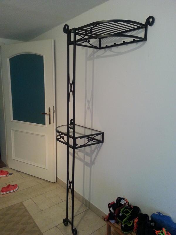 garderobe gu eisen mit tisch schwarz in starnberg. Black Bedroom Furniture Sets. Home Design Ideas