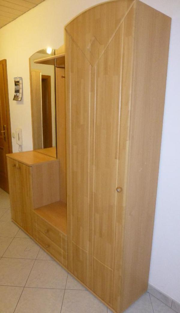 garderobe in buche massiv in augsburg garderobe flur keller kaufen und verkaufen ber. Black Bedroom Furniture Sets. Home Design Ideas