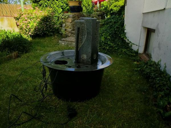 garten springbrunnen granit in hochborn sonstiges f r den garten balkon terrasse kaufen und. Black Bedroom Furniture Sets. Home Design Ideas