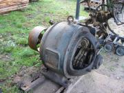 großer alter Elektromotor,