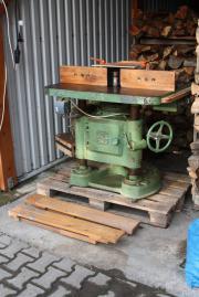 Holzbearbeitungsmaschine