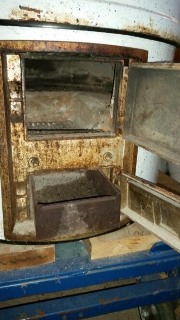 kamin holzofen gebraucht kaufen nur 4 st bis 75 g nstiger. Black Bedroom Furniture Sets. Home Design Ideas