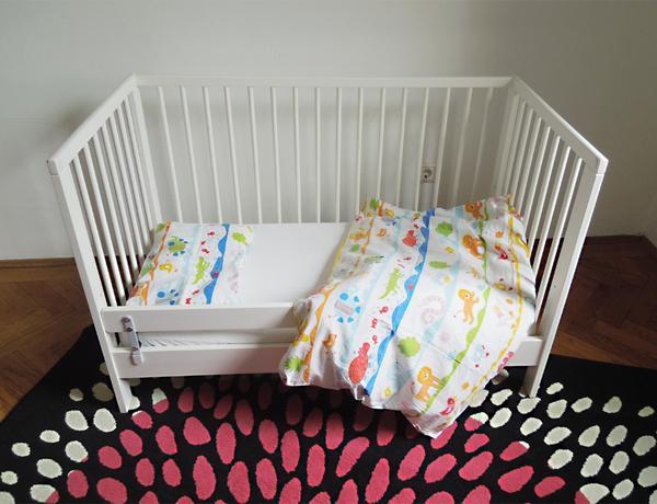 ikea gulliver babybett wei f r s uglinge babys und. Black Bedroom Furniture Sets. Home Design Ideas