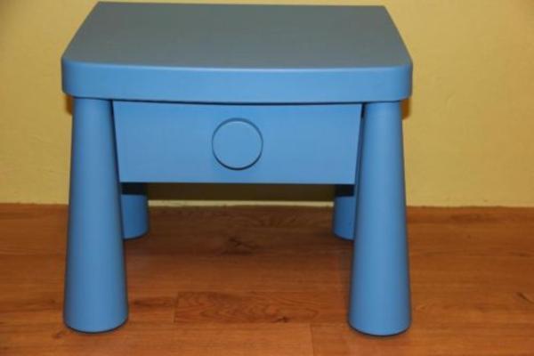 ikea mammut nachttisch blau mit schublade in erlangen ikea m bel kaufen und verkaufen ber. Black Bedroom Furniture Sets. Home Design Ideas