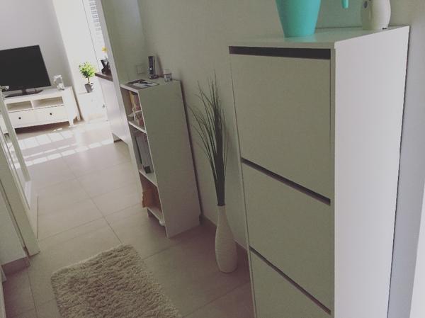 Ikea schuhschrank kaufen gebraucht und g nstig for Truhenbank weiay ikea