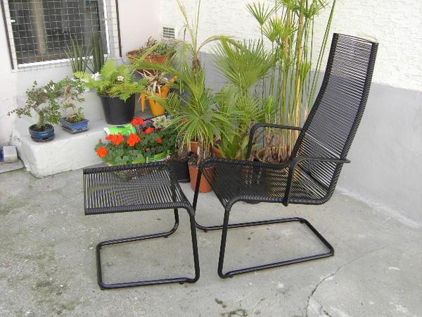 ikea stuhl mit hocker in pfungstadt gartenm bel kaufen. Black Bedroom Furniture Sets. Home Design Ideas