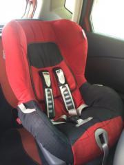 Kinder Autositz von