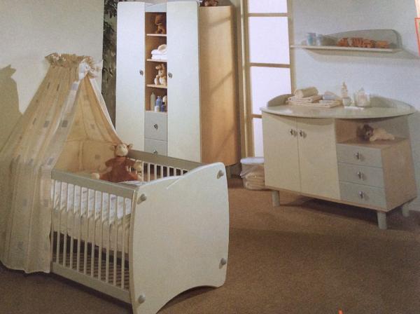 Kinderzimmer komplett inkl umbausatz f r schreibtisch und for Kinderzimmer quoka