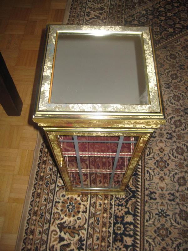 Zauberhafte kleine vitrine oben mit spiegel gr sse ca for Spiegel 2x1m