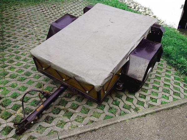 kleiner pkw anh nger mit den ma en 1 35 x 0 85 x 0 24m. Black Bedroom Furniture Sets. Home Design Ideas