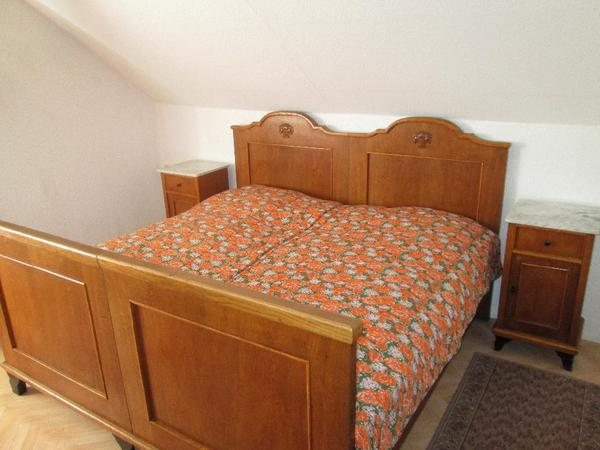 komplettes schlafzimmer eiche um 1900 in gransee. Black Bedroom Furniture Sets. Home Design Ideas