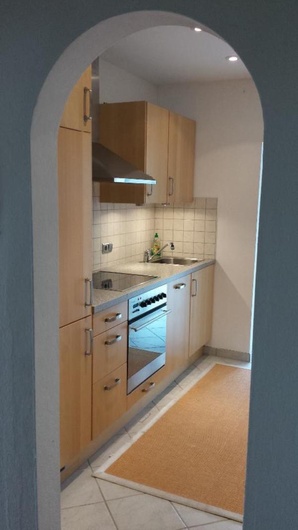 Küche Vollholz hell inkl Kühlschrank Kombi Whirlpool