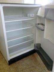 Kühlschrank Unterbau 82