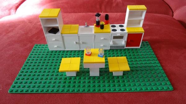 lego k che in berlin spielzeug lego playmobil kaufen und verkaufen ber private kleinanzeigen. Black Bedroom Furniture Sets. Home Design Ideas