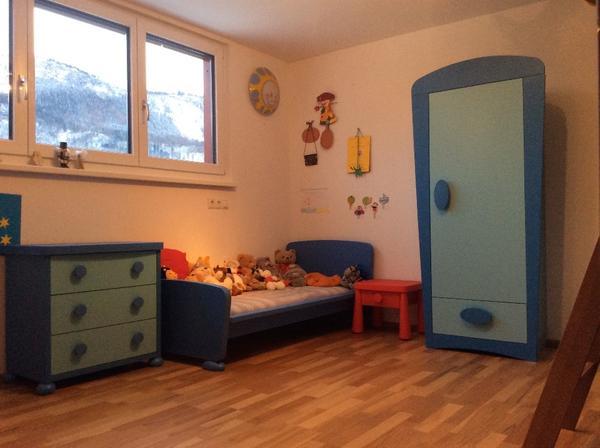 Mammut kinderzimmer komplett in altach kinder for Kinder und jugendzimmer komplett