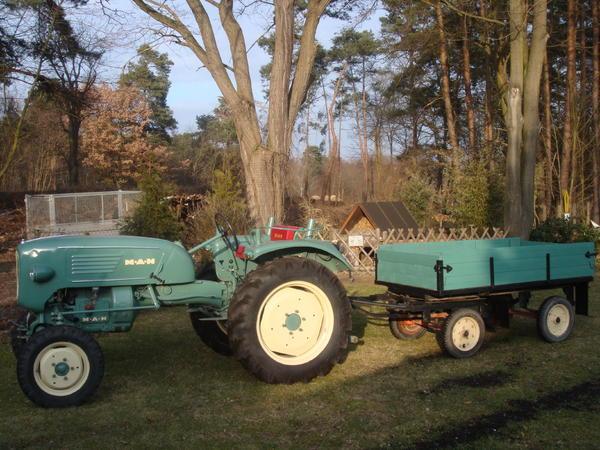 man oldtimer traktor h nger baujahr 1958 in gro. Black Bedroom Furniture Sets. Home Design Ideas