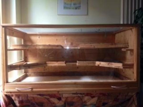 meerschweinchen k fig aus massivem kiefernolz in sinzheim. Black Bedroom Furniture Sets. Home Design Ideas