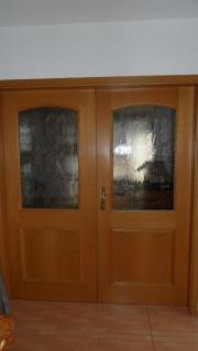 Mehrere hochwertige Holztüren