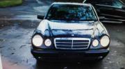 Mercedes- Benz W