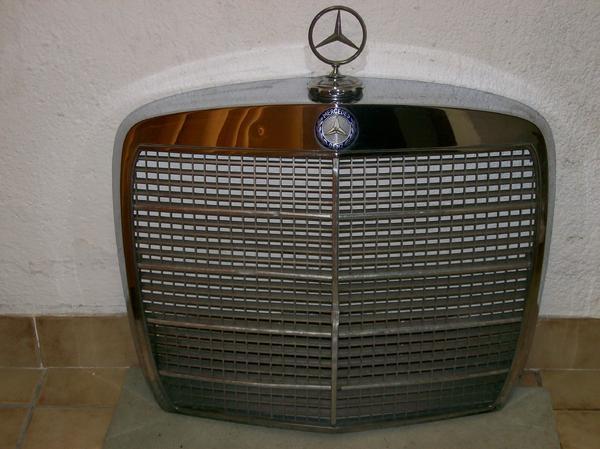 mercedes w108 w111 k hler scheinwerfer blinker grill automatikgetriebe uvm in m nchen. Black Bedroom Furniture Sets. Home Design Ideas